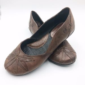 B.O.C Womens size 6 Ballet Flats Brown Leather